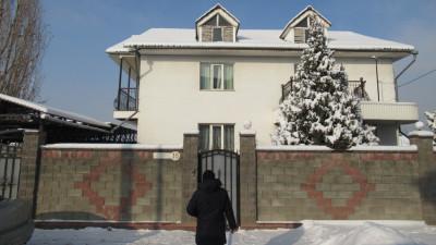 Алматы, р-н Наурызбай, мкр. Акжар, ул. Баянжурек, д. 15