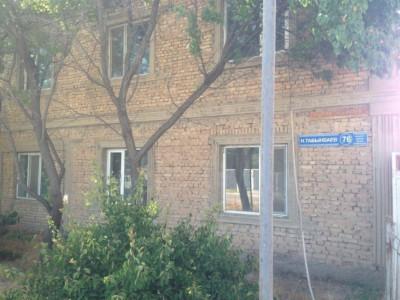 Шымкент, р-н Абай, мкр. Коргасын-1, ул. Табынбаева, д. 76
